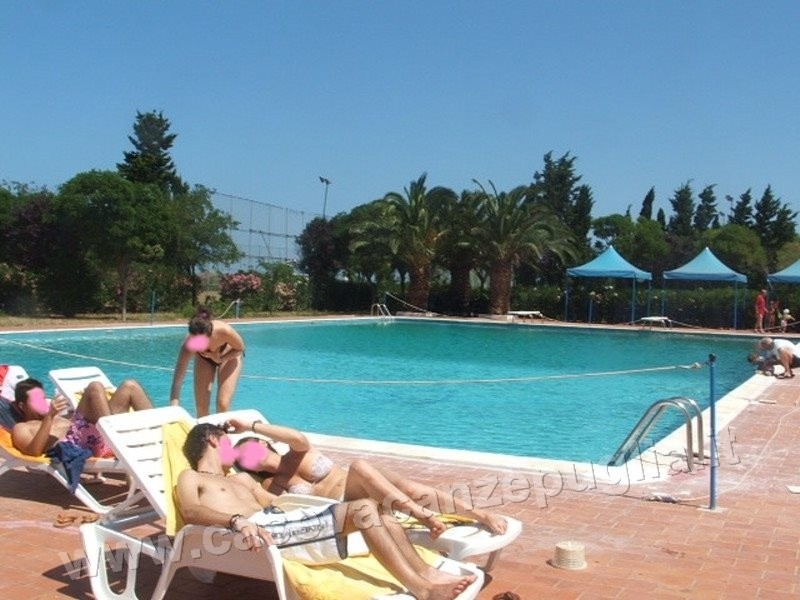 Residence piscina mare ostuni case vacanze in puglia - Residence puglia mare con piscina ...